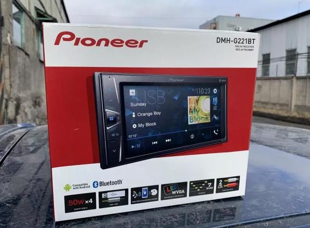 Pioneer_DMH-G221BT